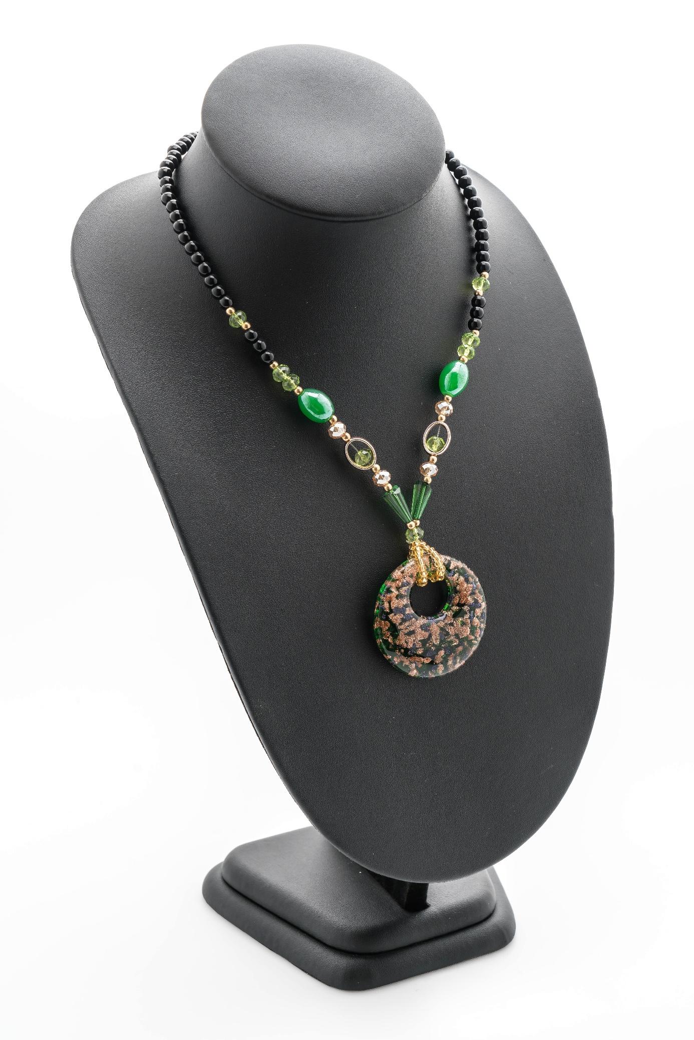 buste présentoir collier